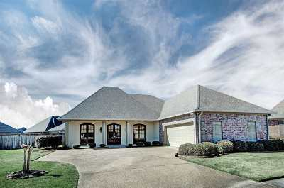 Flowood Single Family Home For Sale: 209 Tradition Cv
