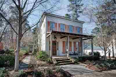 Madison Single Family Home For Sale: 119 Azalea St