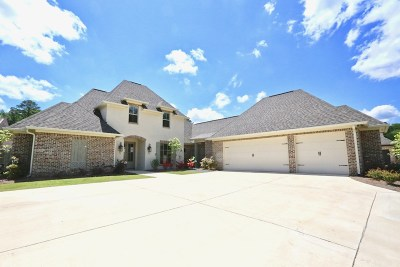 Madison Single Family Home For Sale: 164 Cavanaugh Dr