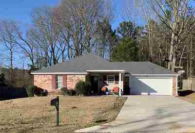 Byram Single Family Home For Sale: 5078 Womack Dr