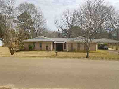 Brandon Single Family Home For Sale: 305 Busick Well Rd