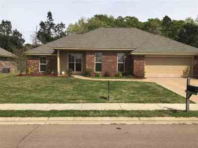 Canton Single Family Home Contingent/Pending: 161 Harvey Cir