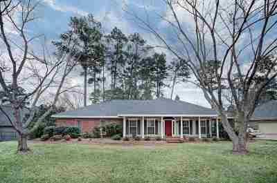 Brandon Single Family Home For Sale: 528 Ridge Cir