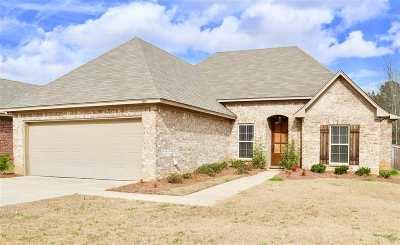 Brandon Single Family Home For Sale: 614 Greenfield Ridge East