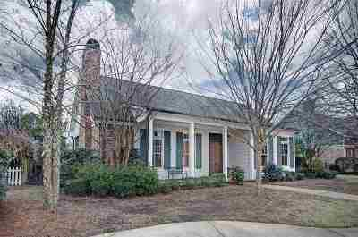 Madison Single Family Home For Sale: 161 Reunion Blvd