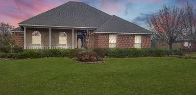 Byram Single Family Home Contingent/Pending: 210 Charlene Dr