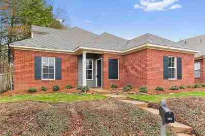Ridgeland Single Family Home Contingent/Pending: 595 Camden Park Pl