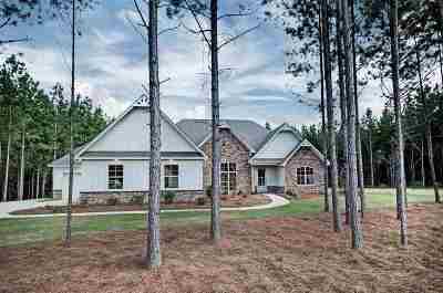 Brandon Single Family Home For Sale: 1104 Killian Ln