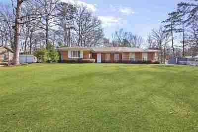 Pearl Single Family Home For Sale: 150 Eldorado Cir