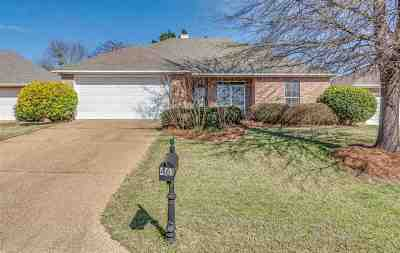 Brandon Single Family Home Contingent/Pending: 461 Magnolia Pl