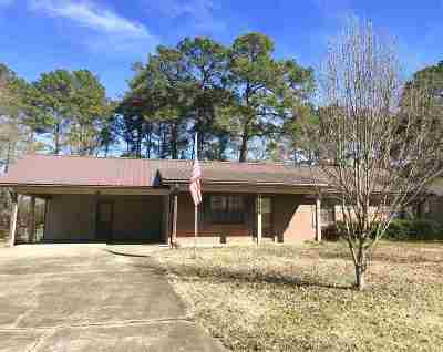 Pearl Single Family Home Contingent/Pending: 2558 Gina Dr