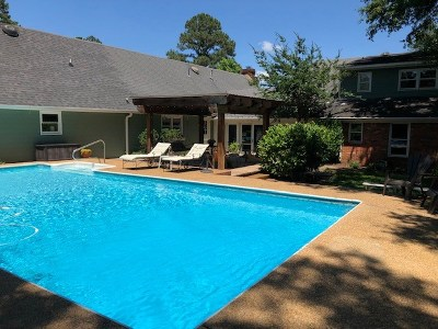 Clinton Single Family Home For Sale: 125 Countrywood Cir