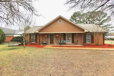 Madison Single Family Home Contingent/Pending: 464 Pin Oak Dr