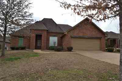 Madison Single Family Home For Sale: 101 Seville Way