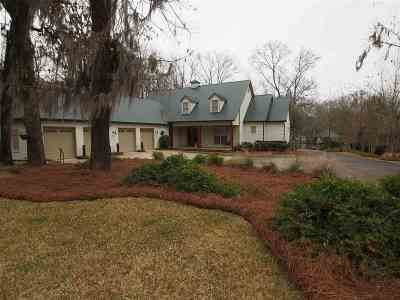Madison Single Family Home For Sale: 136 Moss Ln