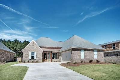 Flowood Single Family Home For Sale: 304 Royal Pond Circle
