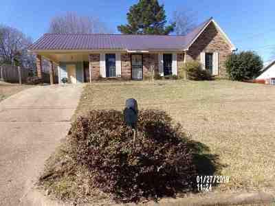 Jackson Single Family Home For Sale: 2449 Wynndike Rd