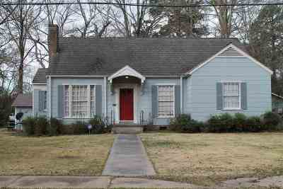 Canton Single Family Home For Sale: 218 Madison St