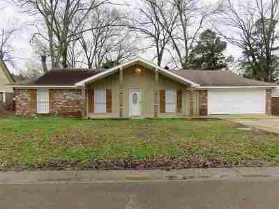 Pearl Single Family Home Contingent/Pending: 3471 Dawn Dr