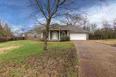Byram Single Family Home Contingent/Pending: 2121 Glennhaven Ct