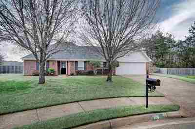 Single Family Home Contingent/Pending: 170 Pear Orchard Dr