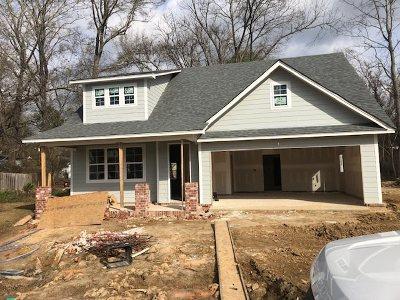 Clinton Single Family Home For Sale: 16 Oakwood Glen Dr