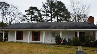 Single Family Home Contingent/Pending: 149 Forest Ridge Dr