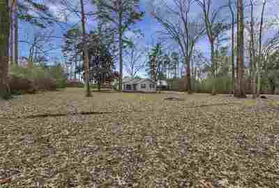 Single Family Home Contingent/Pending: 107 Rambin Dr