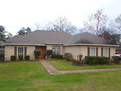 Ridgeland Single Family Home Contingent/Pending: 449 Shadowood Dr