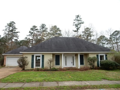 Rankin County Single Family Home Contingent/Pending: 102 Formosa Dr