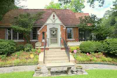 Jackson Single Family Home For Sale: 1529 Peachtree St