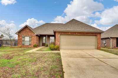 Brandon Single Family Home Contingent/Pending: 419 Greenfield Ridge Cir