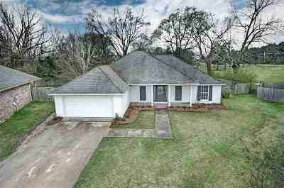 Canton Single Family Home Contingent/Pending: 103 Stapleton Dr