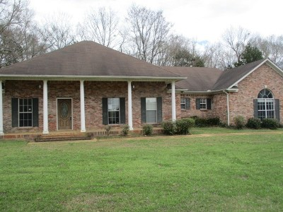 Hinds County Single Family Home For Sale: 102 Seminole Cir