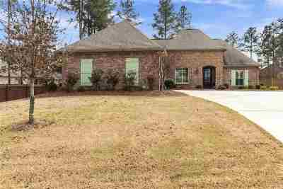 Madison County Single Family Home Contingent/Pending: 109 Grayhawk Dr