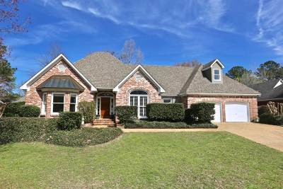 Ridgeland Single Family Home Contingent/Pending: 219 Westfield Rd