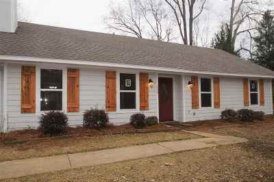 Madison County Single Family Home For Sale: 108 Fox Run Dr