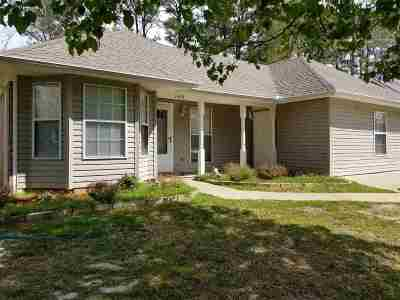 Florence, Richland Single Family Home For Sale: 1440 Steen's Creek Dr