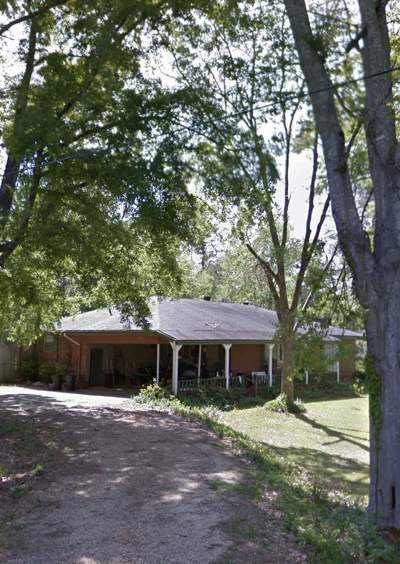 Brandon Single Family Home Contingent/Pending: 100 Deborah Dr