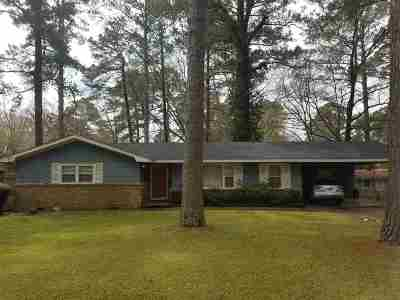 Hinds County Single Family Home For Sale: 559 Daniel Cir