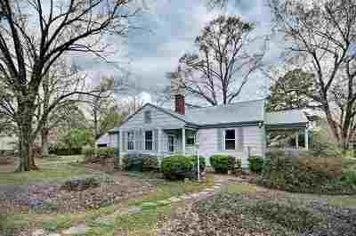 Madison County Single Family Home Contingent/Pending: 2304 Memorial Cir