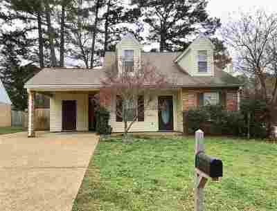 Madison County Single Family Home For Sale: 102 Hidden Crest