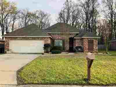 Pearl Single Family Home Contingent/Pending: 565 Oak Park Cir