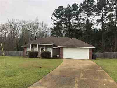 Florence, Richland Single Family Home For Sale: 710 Tatum Dr