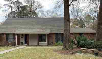 Hinds County Single Family Home For Sale: 4840 Shadowwood Dr