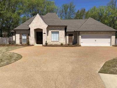 Madison County Single Family Home For Sale: 2605 Calhoun Ct