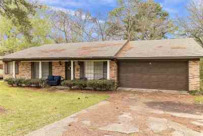 Hinds County Single Family Home For Sale: 1000 Dogwood Dr