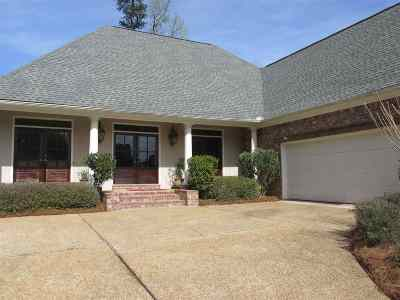 Rankin County Single Family Home For Sale: 605 Castlewoods Blvd