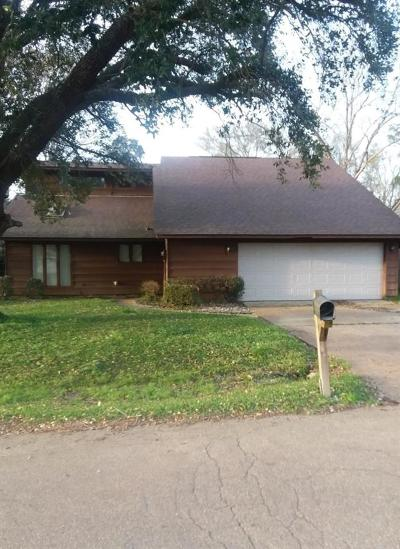 Madison Single Family Home For Sale: 586 S Deerfield Dr