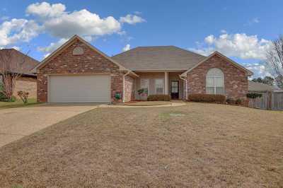 Rankin County Single Family Home For Sale: 350 Kings Ridge Cir